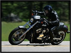 Harley-Davidson Night Rod, Zakr�t